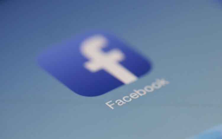 Cum sa creezi continut de calitate pentru pagina ta de Facebook
